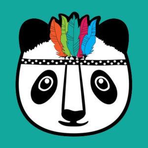 grafika panda z pióropuszem