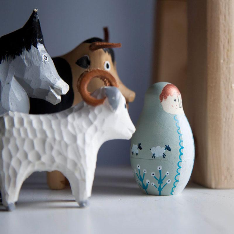 pastuszek matrioszka i zwierzątka drewniane